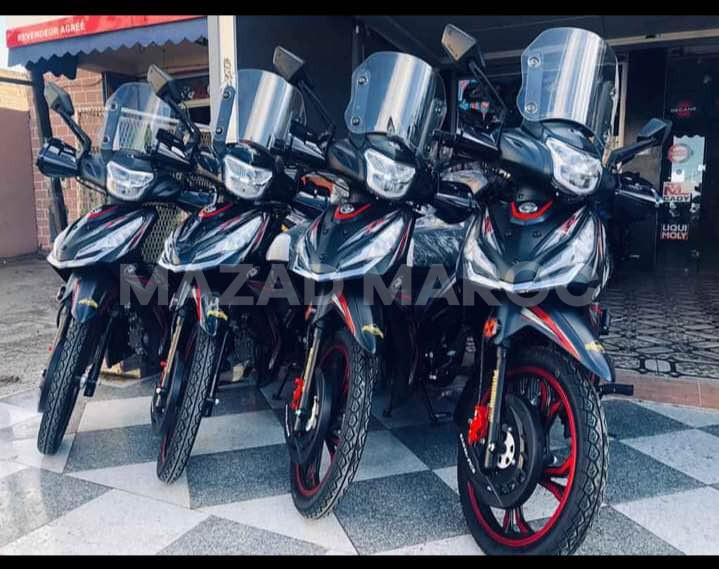 je mets en vente des motos marque Sanya