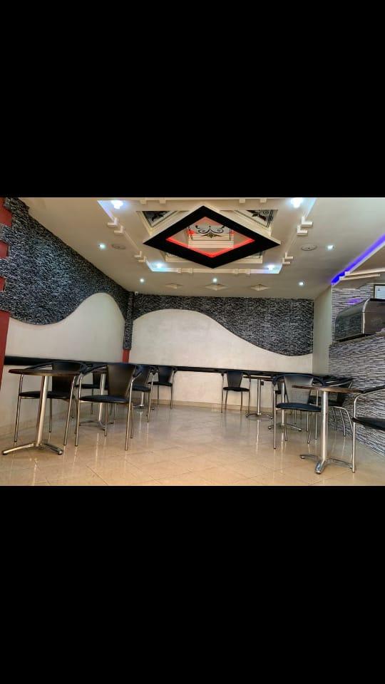 وكالة مصطفى للعقارات تقدم لكم مقهى مجهزة للبيع في شارع مروج في المحمدية 106 متر 130 مليون المرجوا الاتصال بالوكالة 06/16/65/35/54