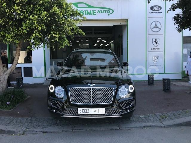 Voiture Bentley bentayga 2020