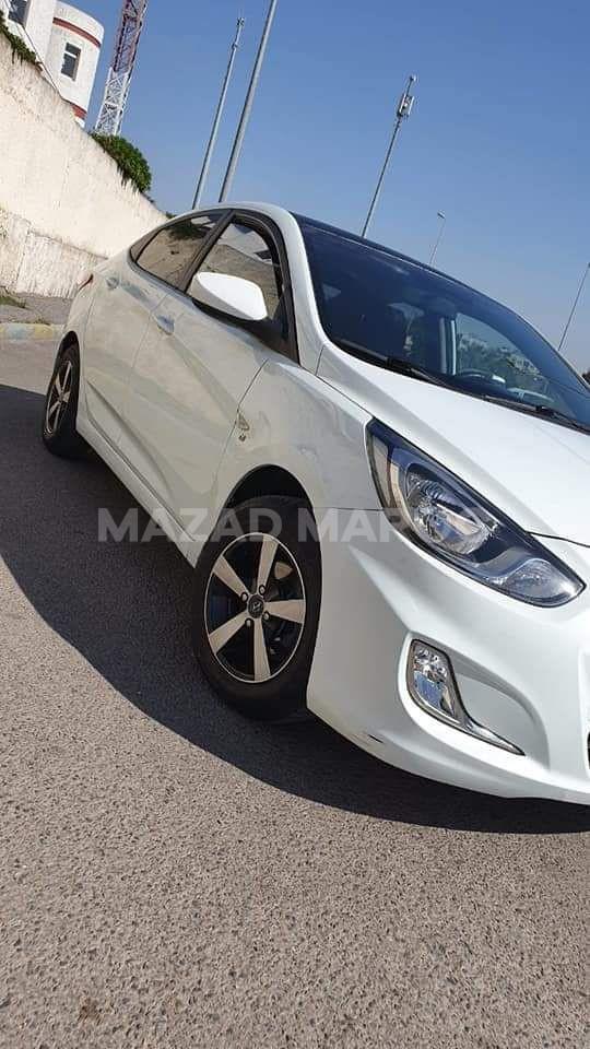 Hyundai accent-tout options